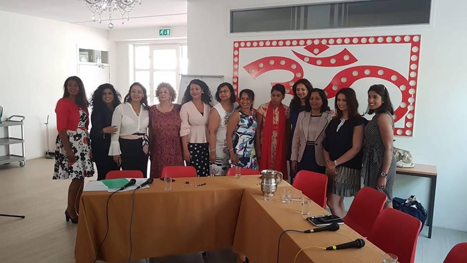 Tara Oedayrajsingh Varm en overige ladies, by Roshny Bhageloe 2018, over Power vrouwen.